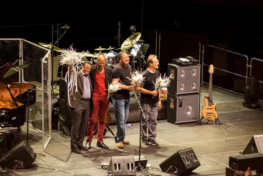 LIVE: Hudební chameleon Herbie Hancock potvrdil v Brně svoji genialitu