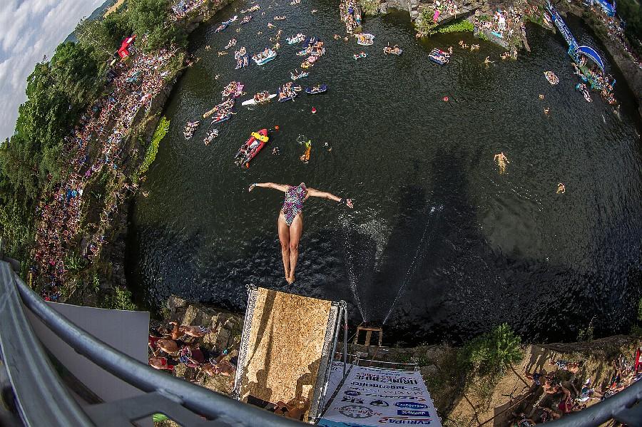Desperados High Jump opět přivítá špičku cliffdivingu. Koncertně se představí Prago Union i Hentai Corporation