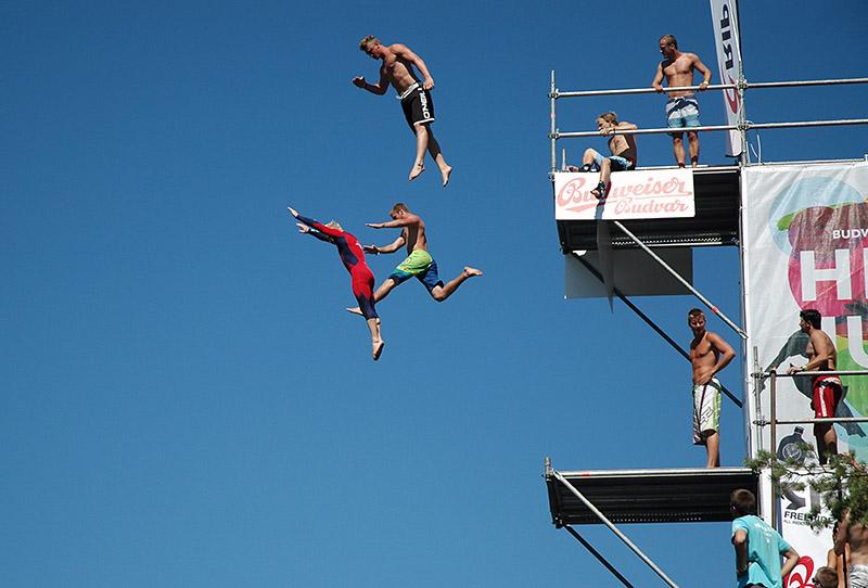 Desperados High Jump už po patnácté: do Hřiměždic za nejlepším skokany i za Stereo MCs