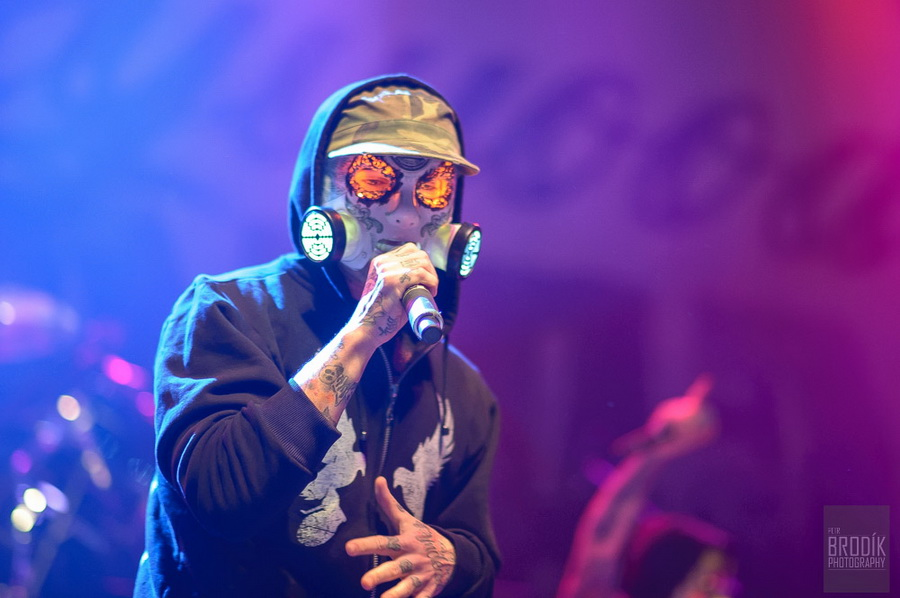 Hollywood Undead 08