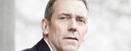 Hugh Laurie bude v létě opět léčit v Česku
