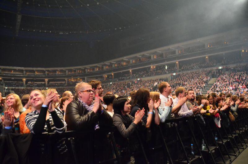 LIVE: Jaromír Nohavica si vysloužil standing ovation vyprodané O2 Areny