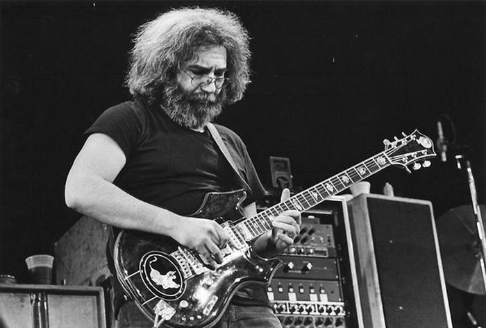 SMRT SI ŘÍKÁ ROCK'N'ROLL:  Jerry Garcia (143.)