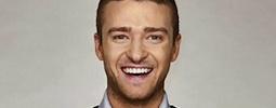 Justin Timberlake a Pharrell Williams ukazují, jaké plavky jsou in