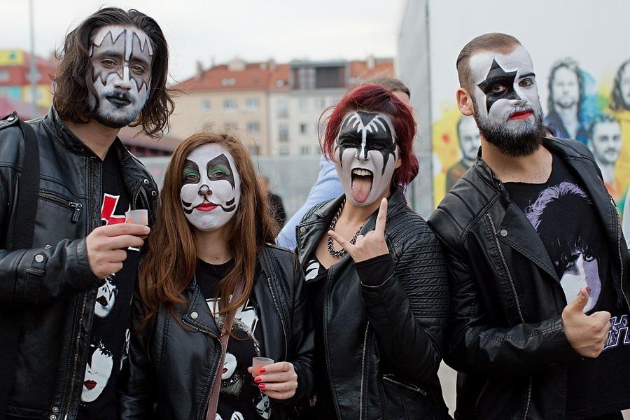 LIVE: Kiss dali O2 Areně lekci, jak se dělá hard rock