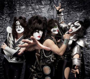 Kiss přivezou svoje Monstrum i do Prahy