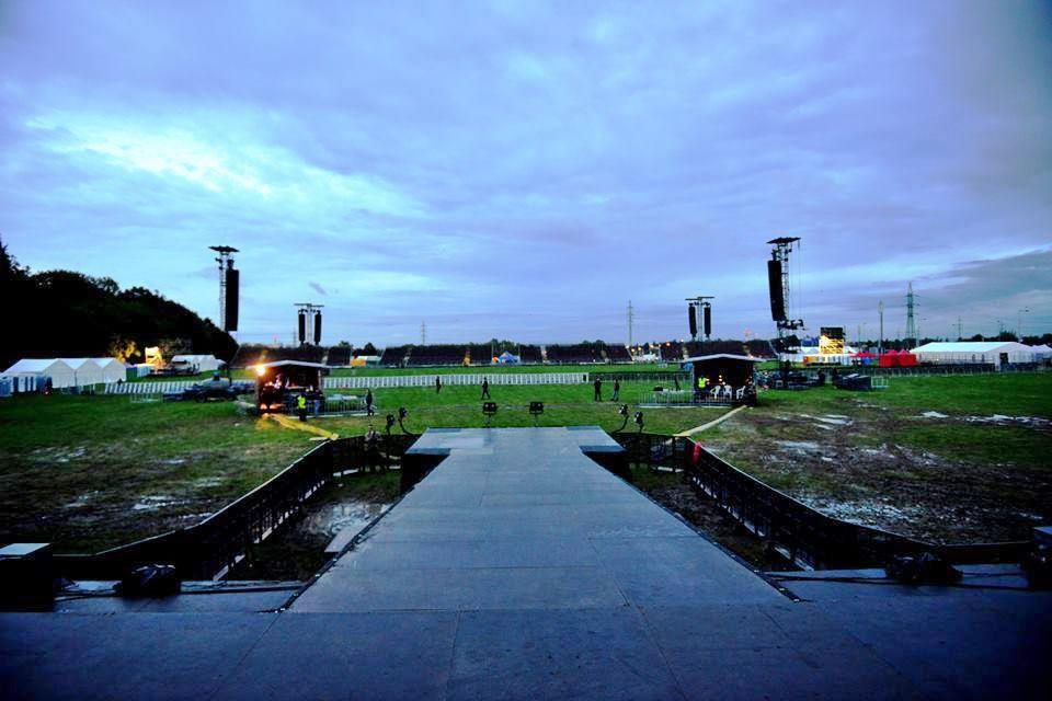 ROCKBLOG: Kabát na Vypichu - jak se staví akce pro 50 tisíc lidí