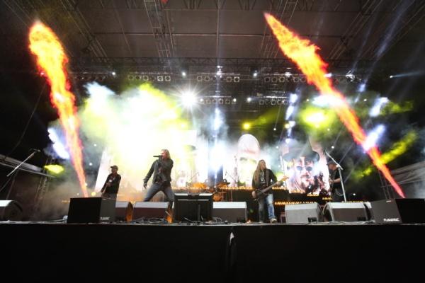 LIVE: Kabát velkolepě zakončil festivalovou sezónu