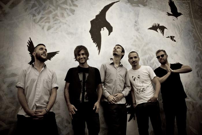 Progresivní rock po australsku: do Prahy míří Karnivool