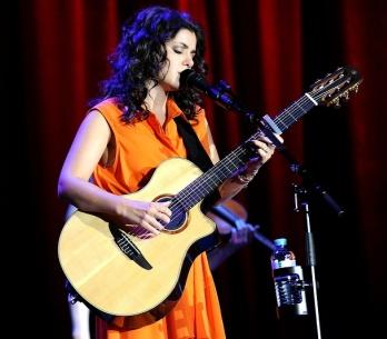 LIVE: Katie Melua přivezla do Prahy přirozenost a noblesu