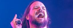 VIDEO: Korn napsali hymnu pro všechny ponižované a šikanované