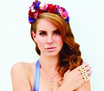 Lana del Rey není připravena zpívat live. Zruší turné?