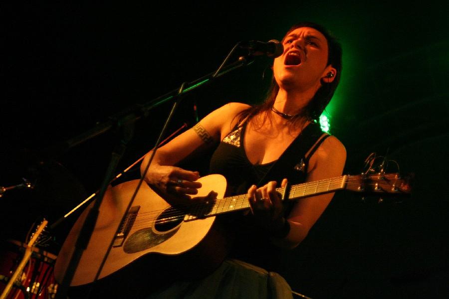 Lenka Dusilová zasvětí květen koncertům, vyjede na Baromantické turné