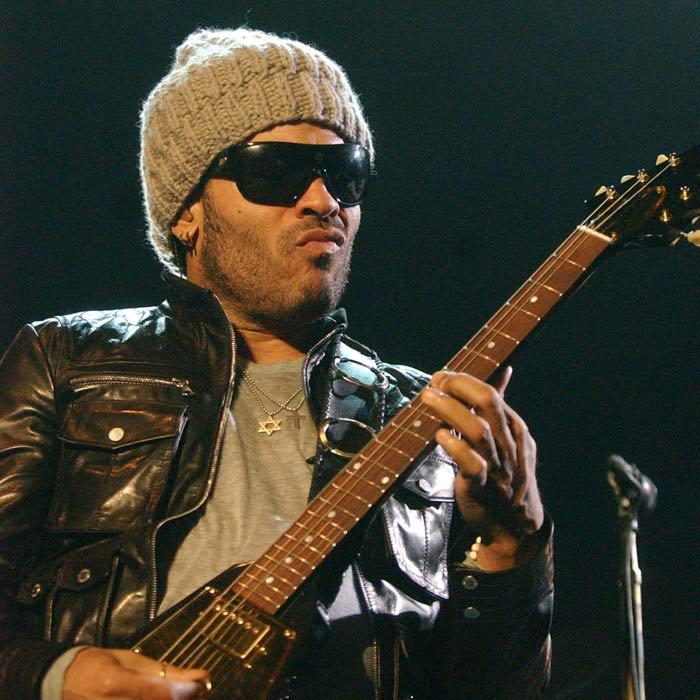 Lenny Kravitz zveřejnil první singl z desky Black & White America