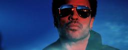 VIDEO: Padesátník Lenny Kravitz si stále rád dopřeje nahá ňadra