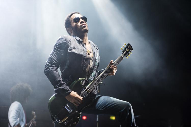 LIVE: Lenny Kravitz působil unaveně, hity ho zachránily
