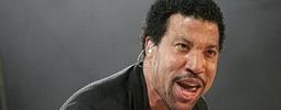 LIVE: Lionel Richie zapomněl zestárnout