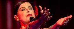 LIVE: Lisa Stansfield Prahu uřvala