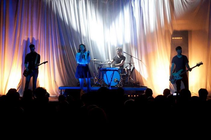 Luno: Nové EP, první akustické koncerty a turné se Super Tuzex Bros.