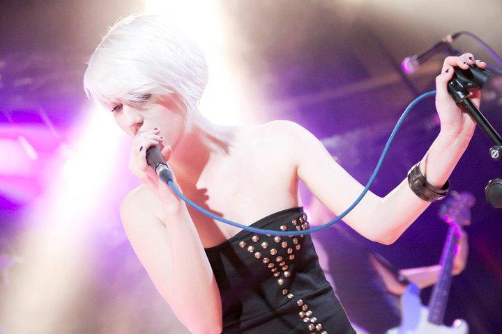 LUS3 interview: Naše zpěvačka je blonďatý UFO
