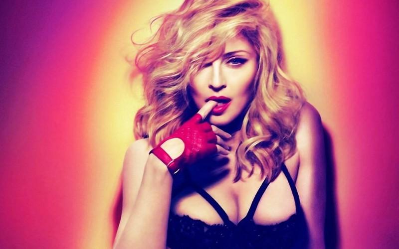 2012 na koncertních pódiích: nejvíc vydělala Madonna