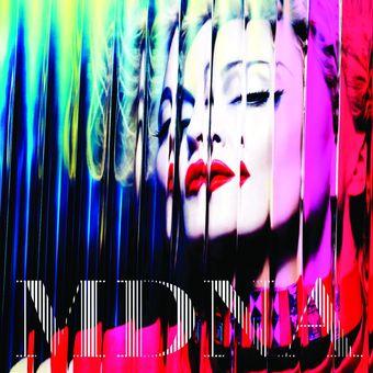 RECENZE: Madonna zní na MDNA jako přerostlá puberťačka