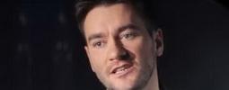 VIDEO: Vločky, koledy, svařák - Marek Ztracený vyhlíží Vánoce