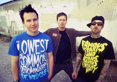 Blink-182 a 30 Seconds To Mars zahrají v létě v Praze