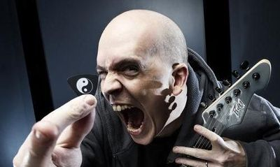 Devin Townsend: bláznivý rocker poprvé v pražském klubu Roxy