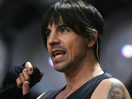 Red Hot Chili Peppers pojmenovali nové album podle LSD