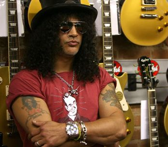 Slash uvažuje o návratu do Guns N' Roses