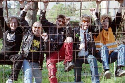 """Visací zámek vyjede na turné s Pellethead, """"nejhorší kapelou"""" v Anglii"""