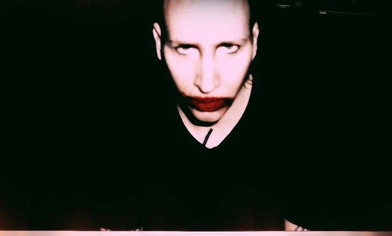 Připravte se na dekadentní večírek, Marilyn Manson míří v červenci do Prahy