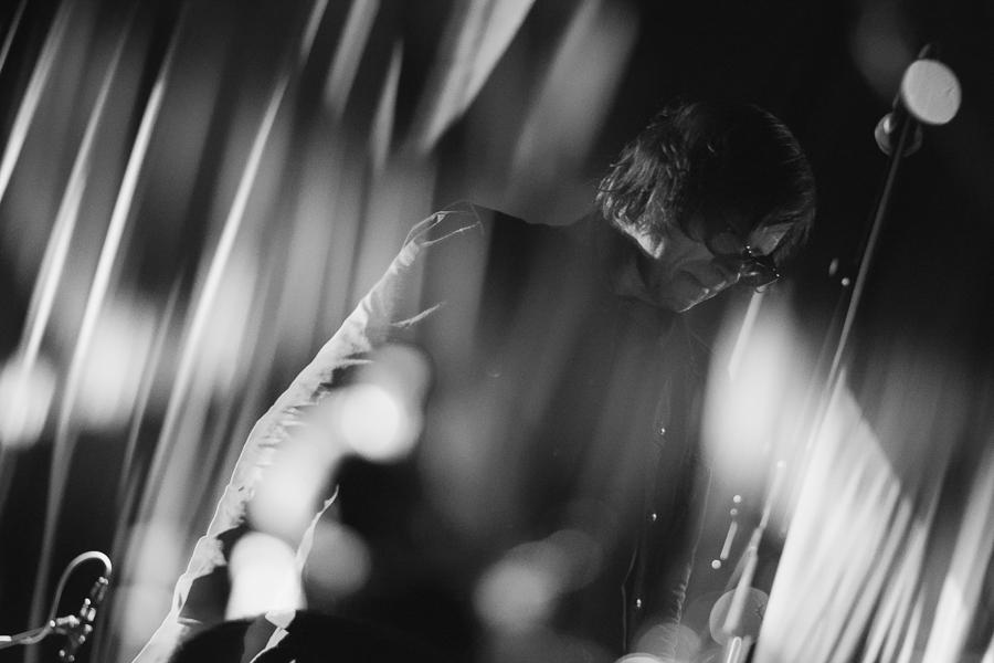 LIVE: Temnému písničkáři Marku Laneganovi v Brně došel dech