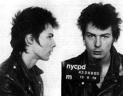 SMRT SI ŘÍKÁ ROCK'N'ROLL: Sid Vicious (18.)