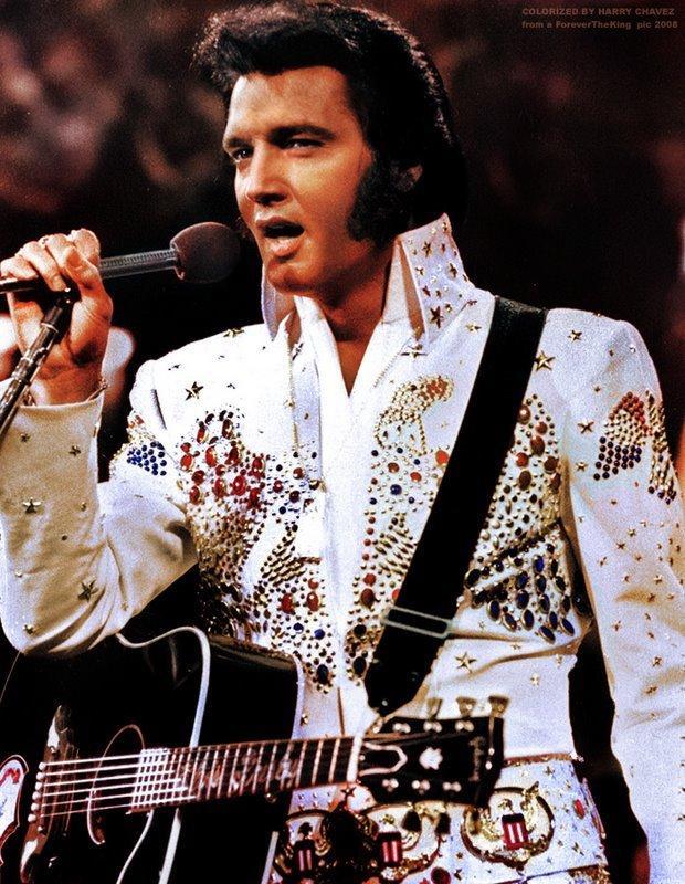 SMRT SI ŘÍKÁ ROCK'N'ROLL: Elvis Presley (15.)