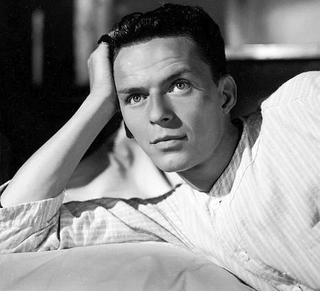 SMRT SI ŘÍKÁ ROCK'N'ROLL: Frank Sinatra (12.)