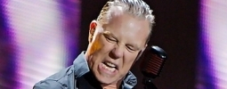 VIDEO: James Hetfield z Metalliky si vystřihl cover od Adele