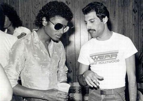 "Freddie Mercury a Michael Jackson ""vydají"" raritní duety"
