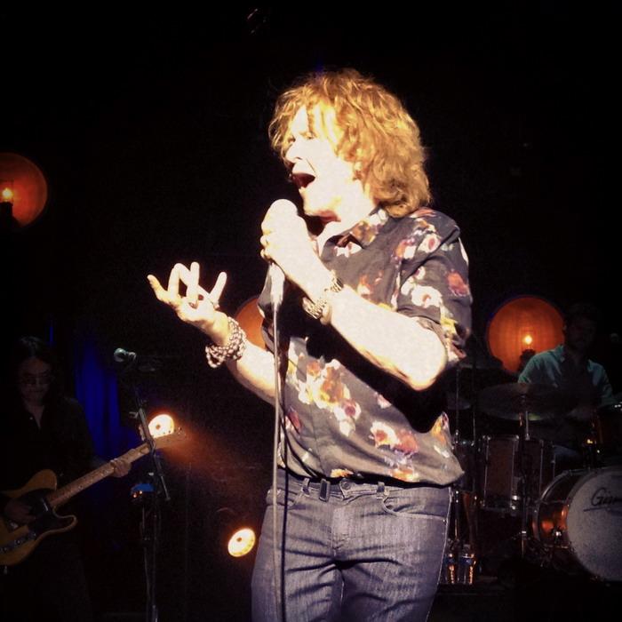 LIVE: Mick Hucknall se bez hitů Simply Red neobejde