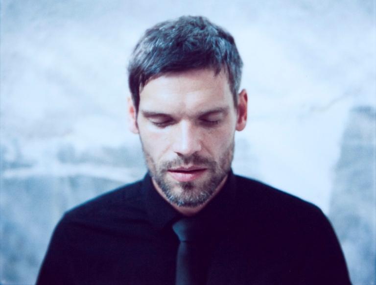 Mikoláš Růžička, polovina Republic of Two, pokřtí v únoru sólový debut
