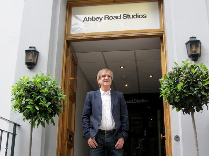 VIDEO: Miro Žbirka opět v Abbey Road. Tentokrát kvůli soundtracku
