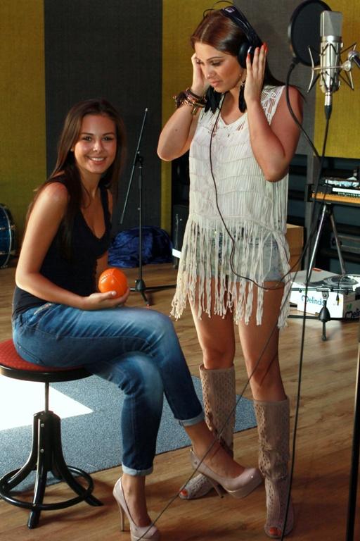 Monika Bagárová si k 18. narozeninám plní sny. Jedním z nich je nový duet s Anitou Soul