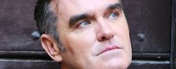 VIDEO: Morrissey zahrál zbrusu novou People Are The Same Everywhere