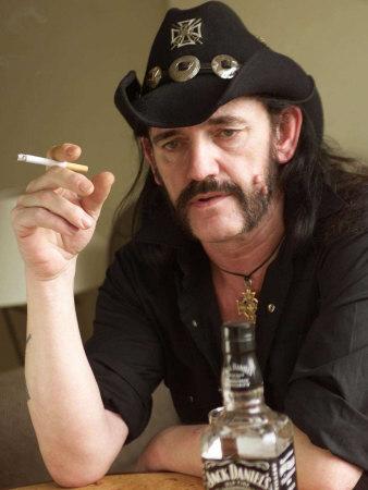 Lemmy z Motörhead: Inspiruje mě válka, smrt a bezpráví