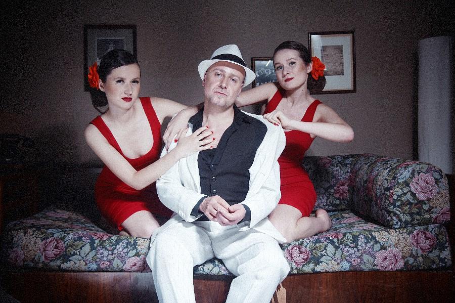 EXKLUZIVNĚ: Mr. Elastik a jeho Hot Sisters si libují ve swingu 21. století