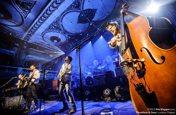 LIVE: Akustická párty? Mumford and Sons říkají ano!