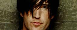 Zpěvák Nine Inch Nails předělal Led Zeppelin, Planta vyměnil za ženu