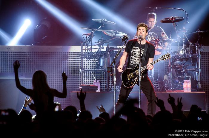 LIVE: Elektrické kytary z Nickelback rockery neudělají