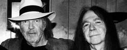 Zemřel Rick Rosas, baskytarista Neila Younga